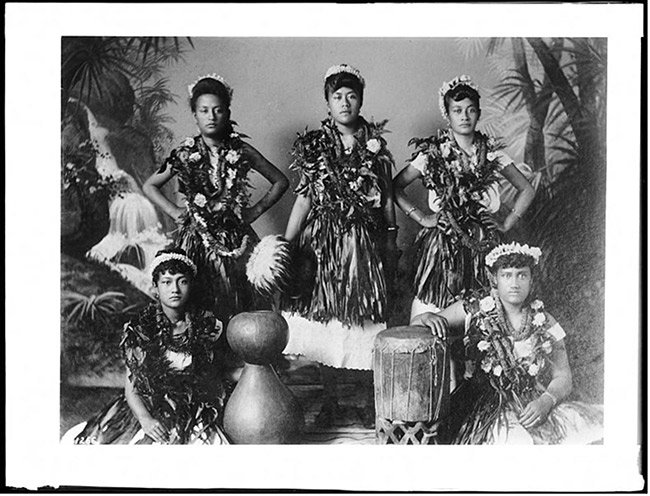 hawaiian hula troupe, circa 1907